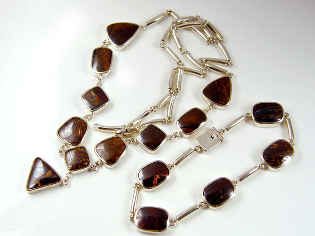 BOULDER OPAL NECKLACE AND   BRACELET SET IN SILVER GTT 808